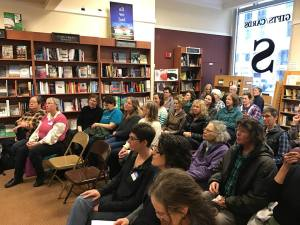 Laurel Bookstore crowd, photo purloined from Pol Robinson